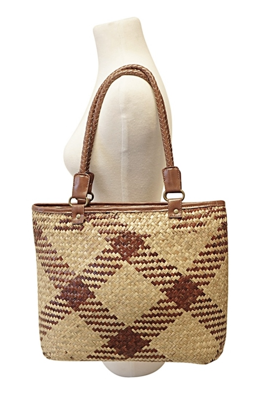 bulk fashion straw bags