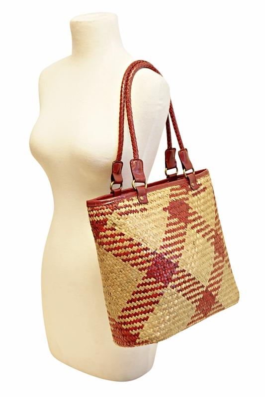 bulk-straw-handbags
