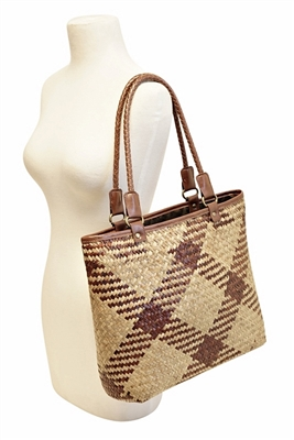 closeout-handbags-wholesale-for-cheap